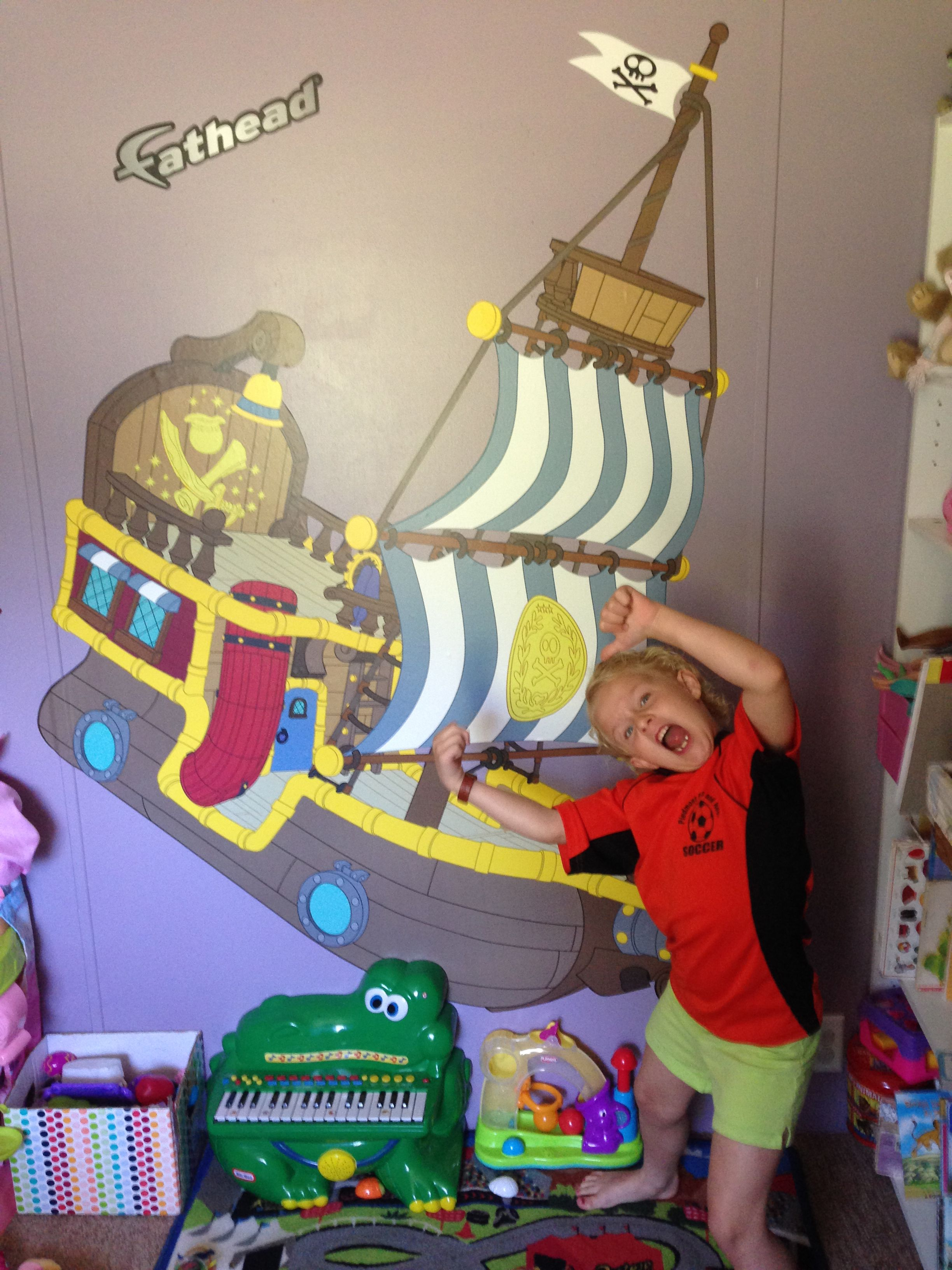 Jake and the Neverland Pirates: Bucky the Pirate Ship ...