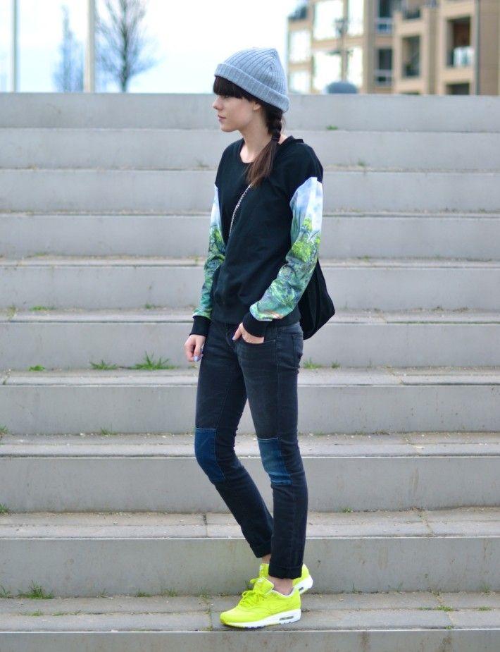 Nike Air Max 2013 Wearing