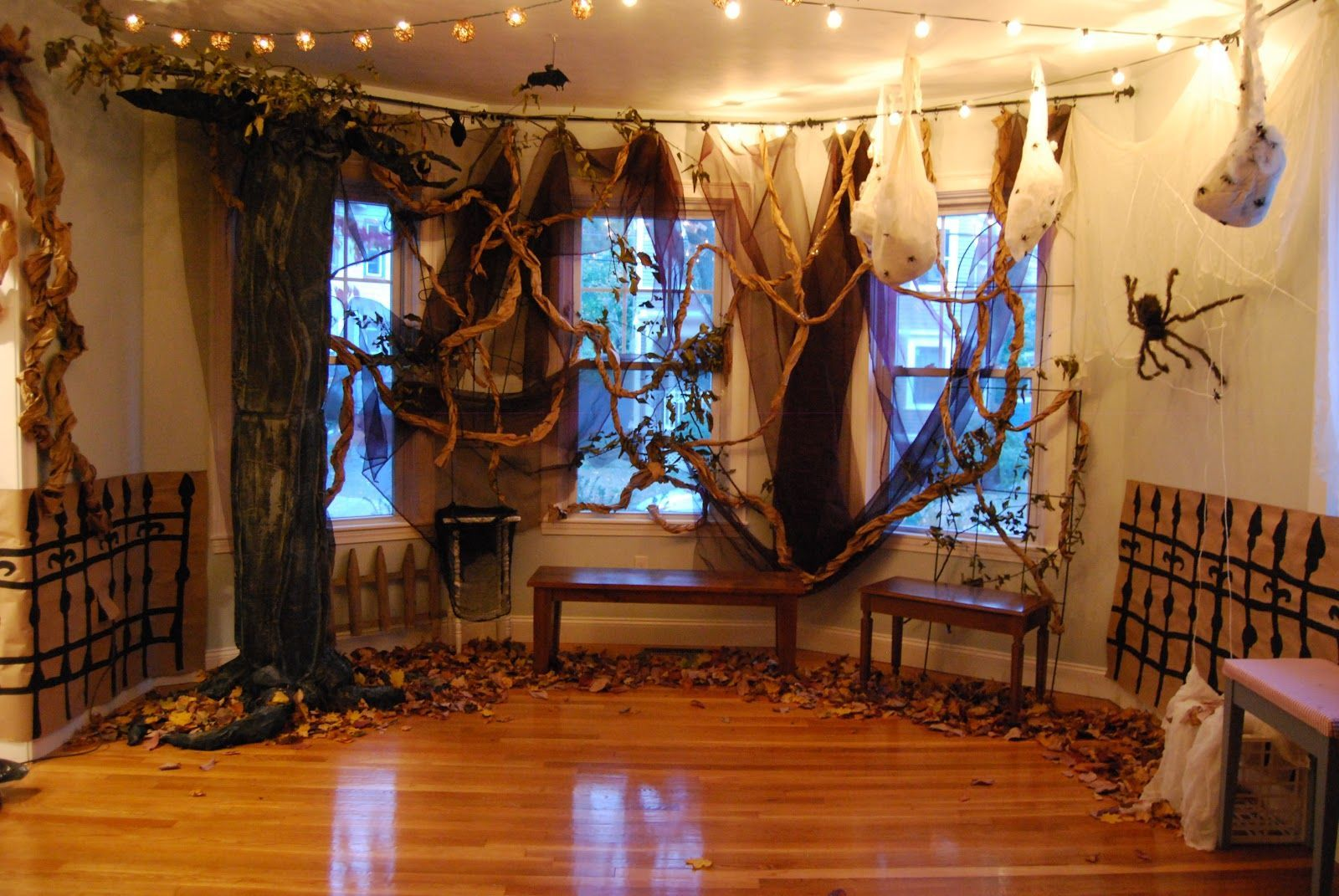 Image result for diy halloween decorations scary indoor Halloween - diy indoor halloween decorations