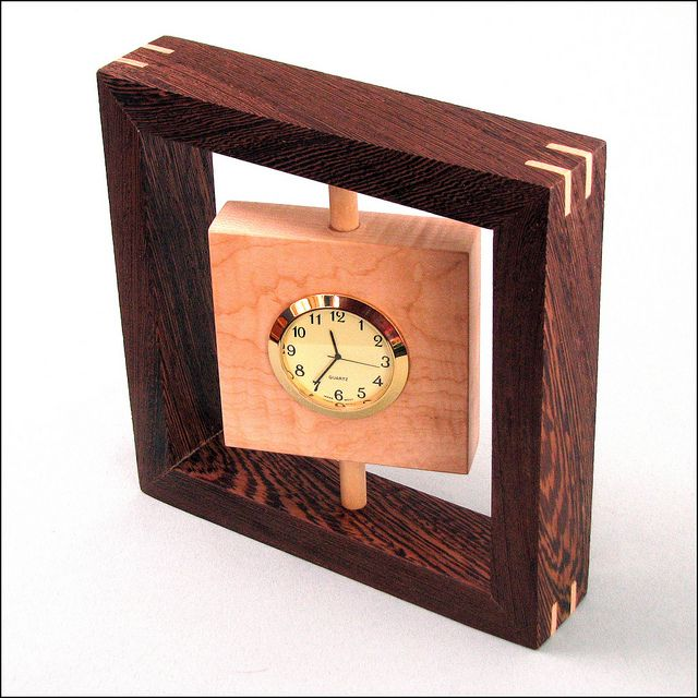 The Small Desk Clock Designed By The Wood Whisperer Wooden Clock