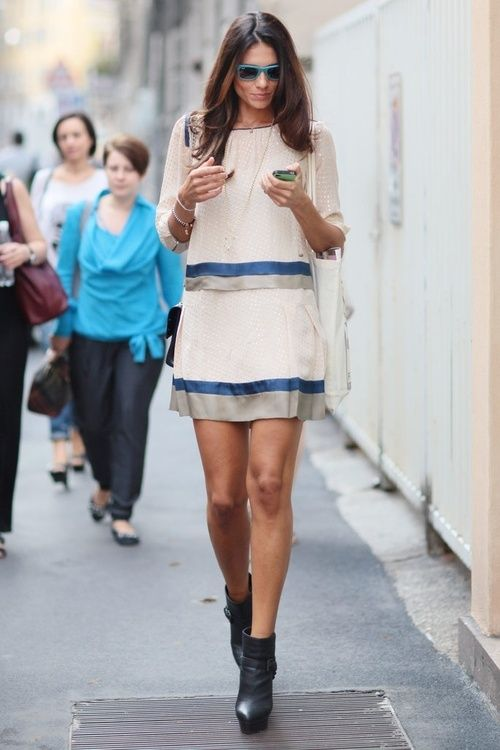 I like that these one piece dress looks so simple and very comfortable to wear!