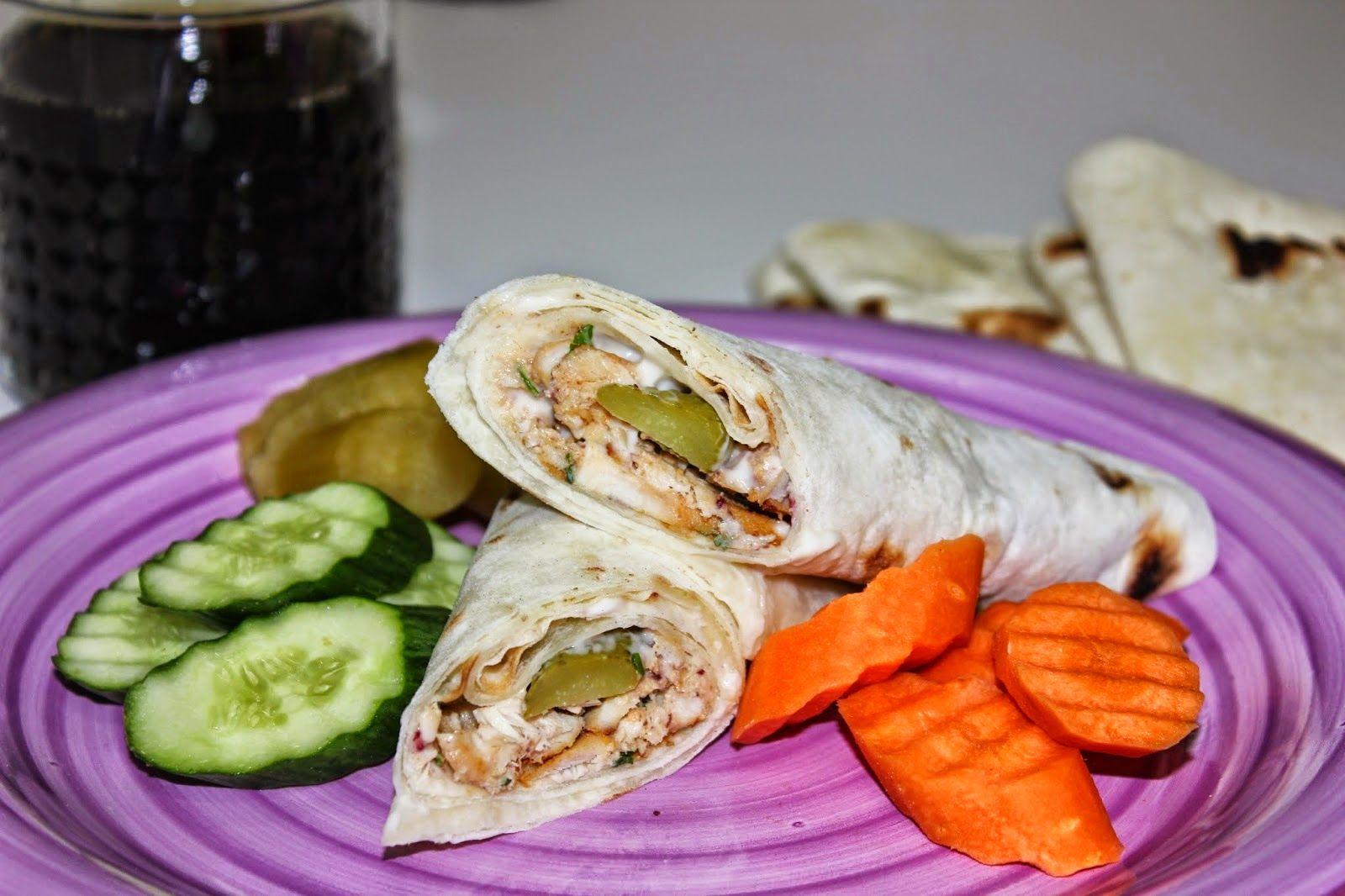 طريقة عمل الشاورما على طريقتي وطريقة عمل خبز التورتيلا للشاورما بالصور Recipes From Heaven Food Middle Eastern Recipes