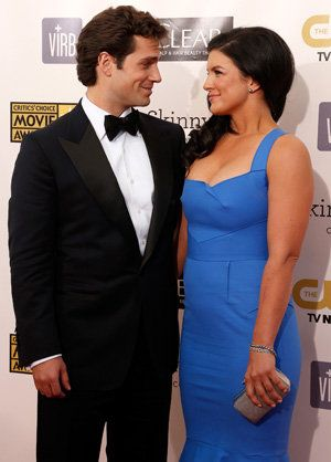New Couple Alert: Henry Cavill and Gina Carano's PDA-Filled Night Out |  Henry cavill girlfriend, Couples, Henry cavill
