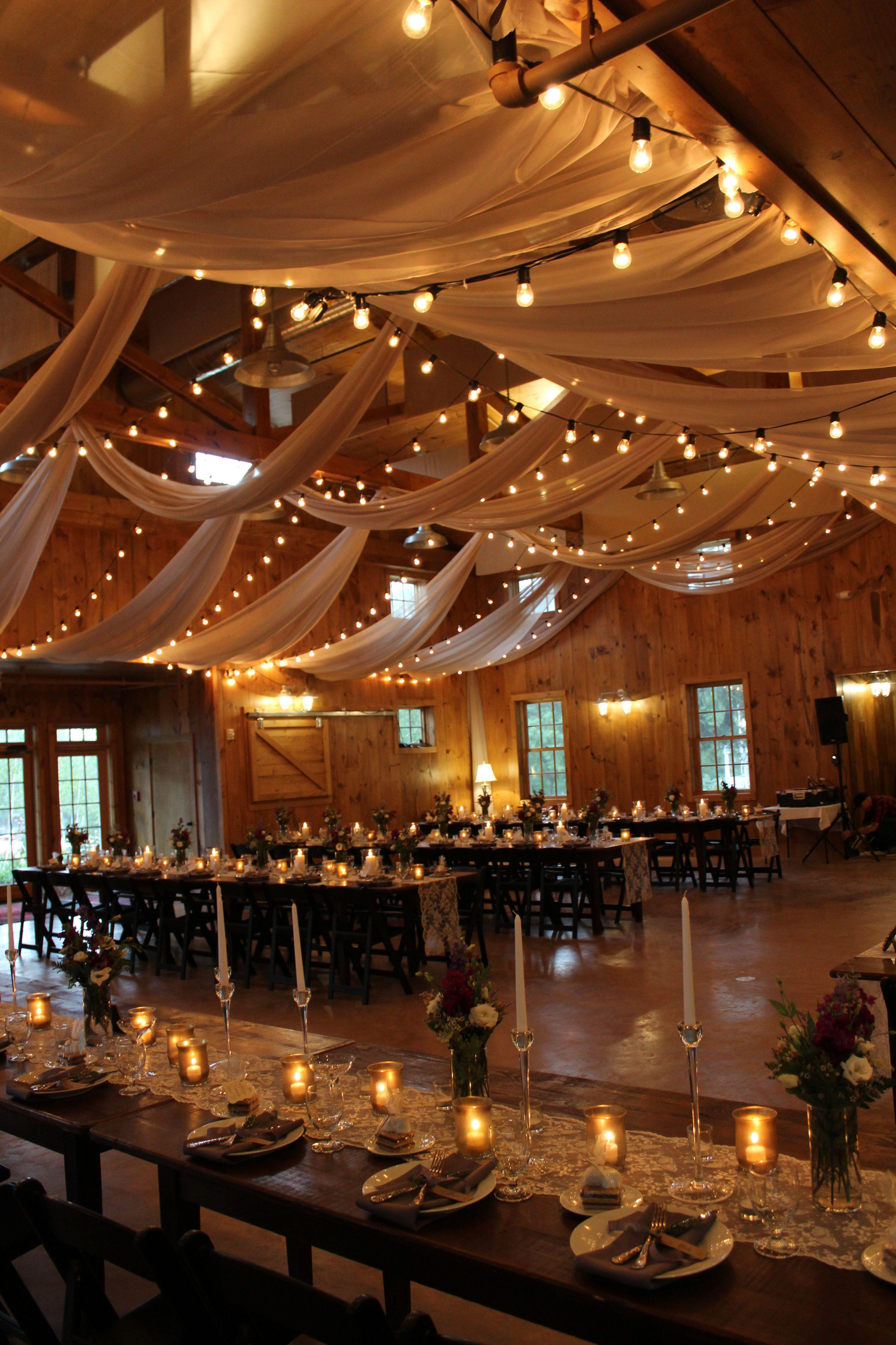 Destination Wedding In Our Wedding Barn Design By Morethanamoment Rentals By Rain Or Shin Hochzeitsdecke Rustikale Scheunenhochzeit Landliche Scheunenhochzeit