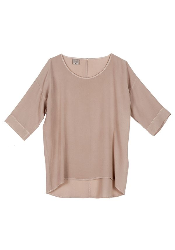 QL2 - CHARLA SILK T-SHIRT  (what's happening today?) #women's #fashion