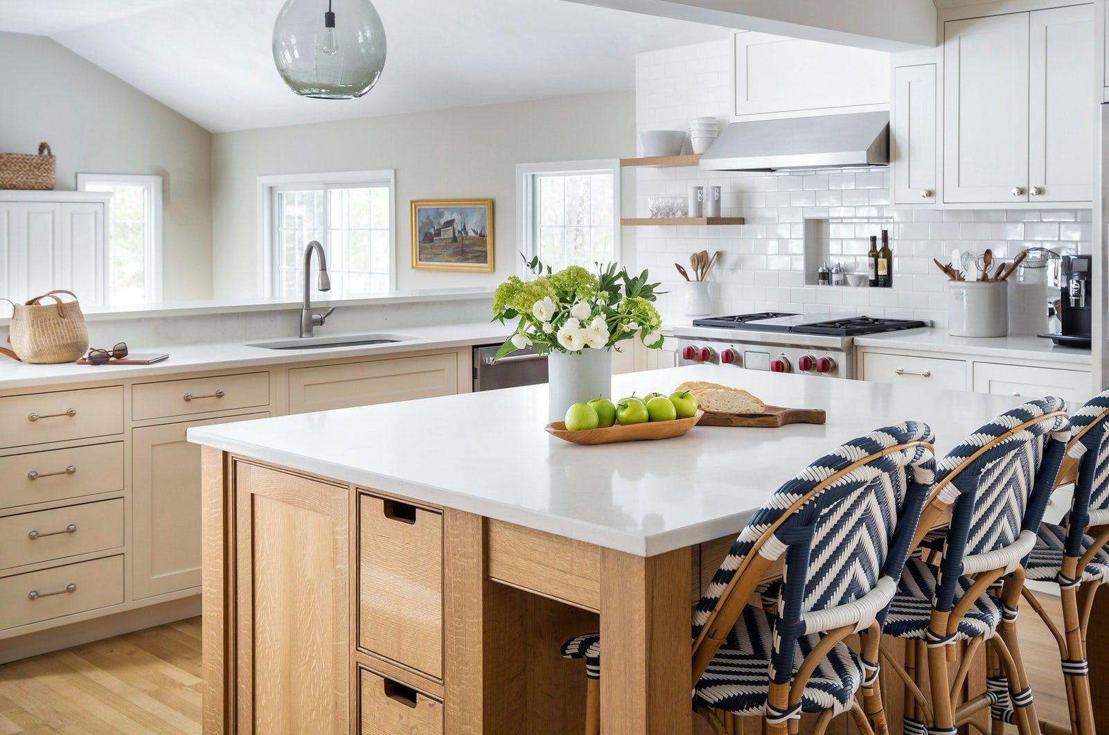Download Wallpaper White Oak Kitchen And Drinks Menu