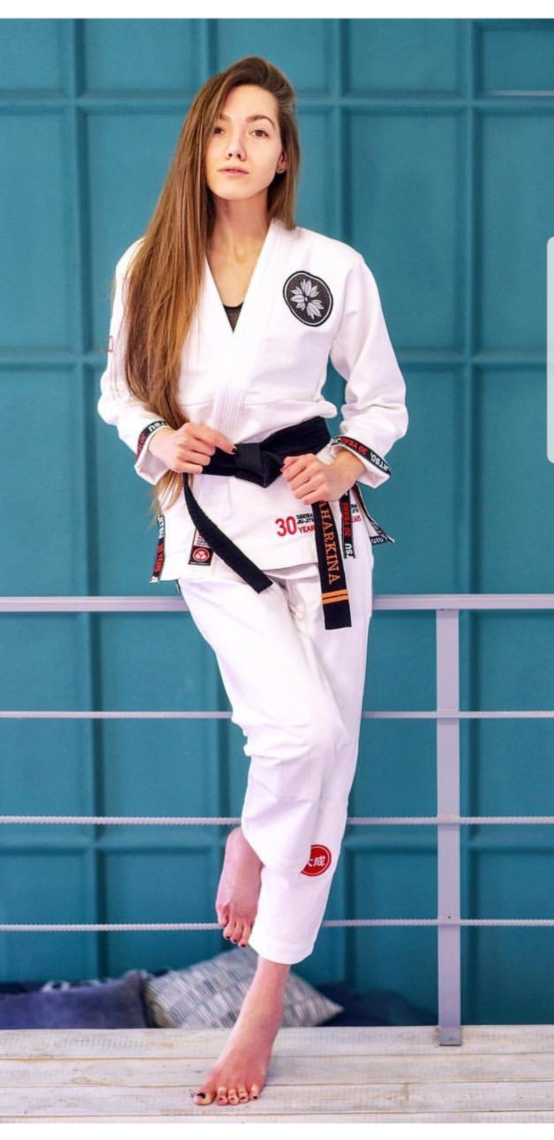 Pin By Tough Girls On Girls And Martial Arts Martial Arts Women Women Karate Martial Arts Girl