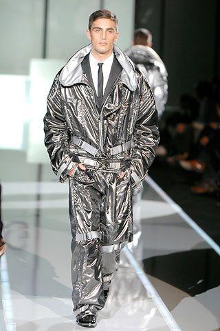 0bd30f27a0 Dolce & Gabbana   Fall 2007 Menswear Collection   Style.com   Men's ...