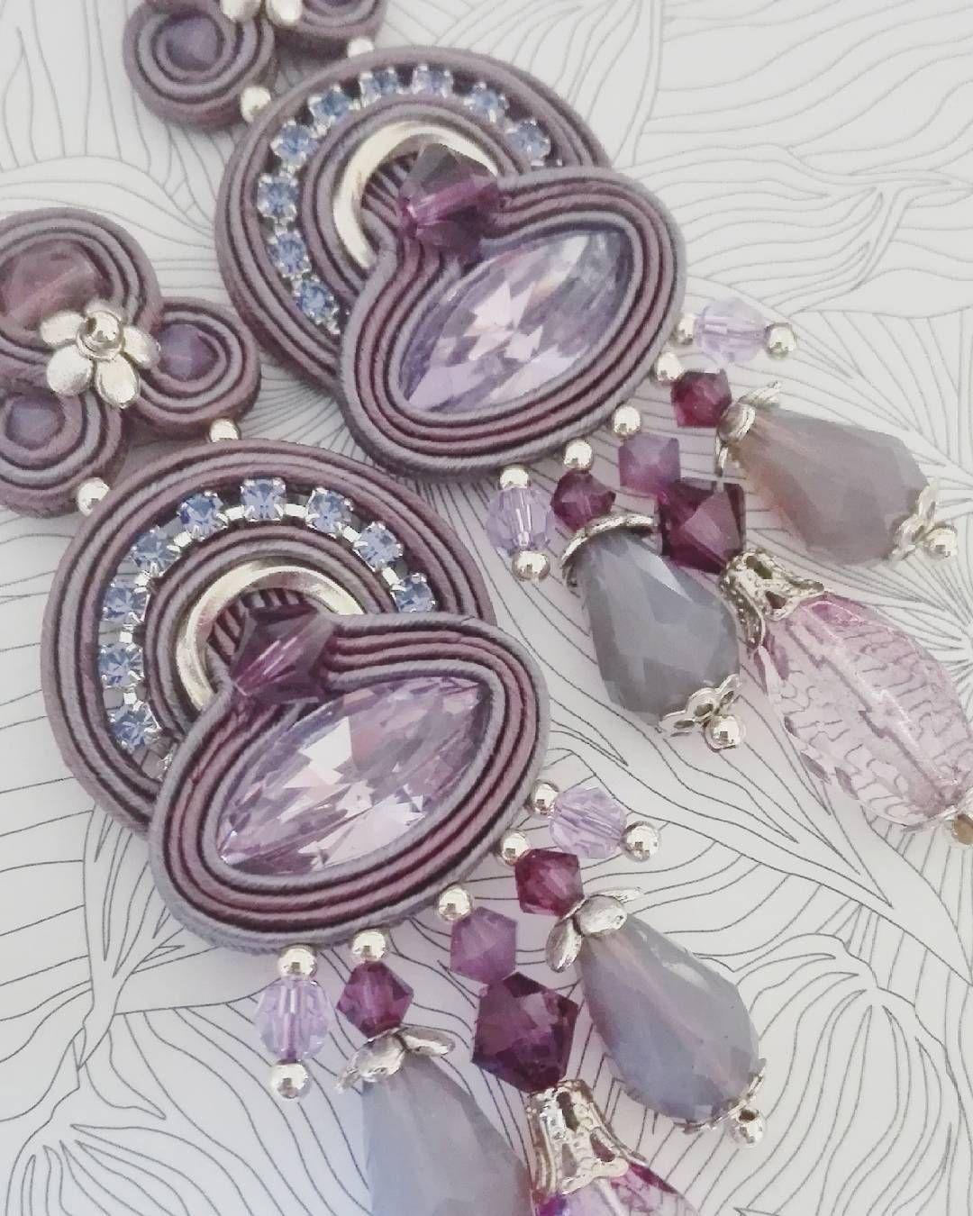 """ED"" collection. Provence colours. Dori inspired. #adelslaboratory #alessandradelvitto #adeloriginal #everydaycollection #ed #bijoux #costumejewelry #accessori #gioielleriaalternativa #soutache #soutacheearrings #earrings #orecchini #fashion #fashionjewelry #fashionblogger #fashiondesigner #moda #milano #varese #nyc #losangeles #handembroidered #handmade #madeinitaly"