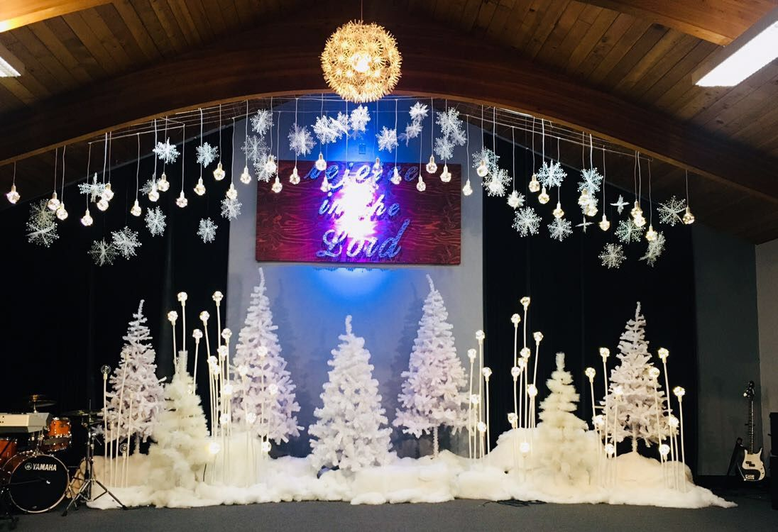 christmas stage idea church stage decor christmas stage christmas program diy christmas paper