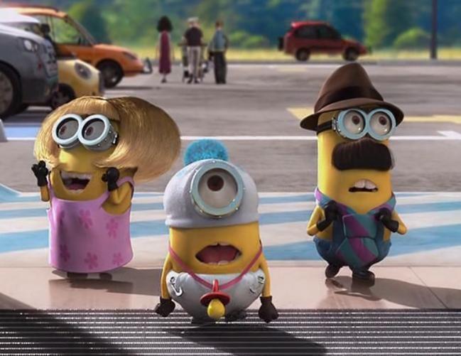Oh mein Gott! Familie Minions ist unterwegs in der Großstadt. Ob das gut gehen wird?