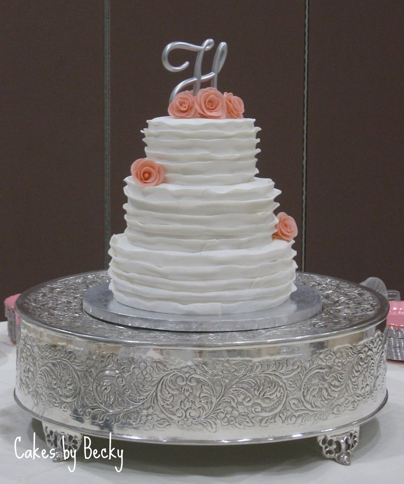 no fondant wedding cake pictures buttercream wedding cakes no fondant ruffle 17904