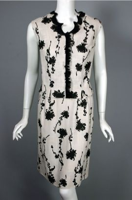 "Black & ivory ruffled floral print early 1960s 2pc dress blouse & skirt set, 36"" bust and 26"" waist"