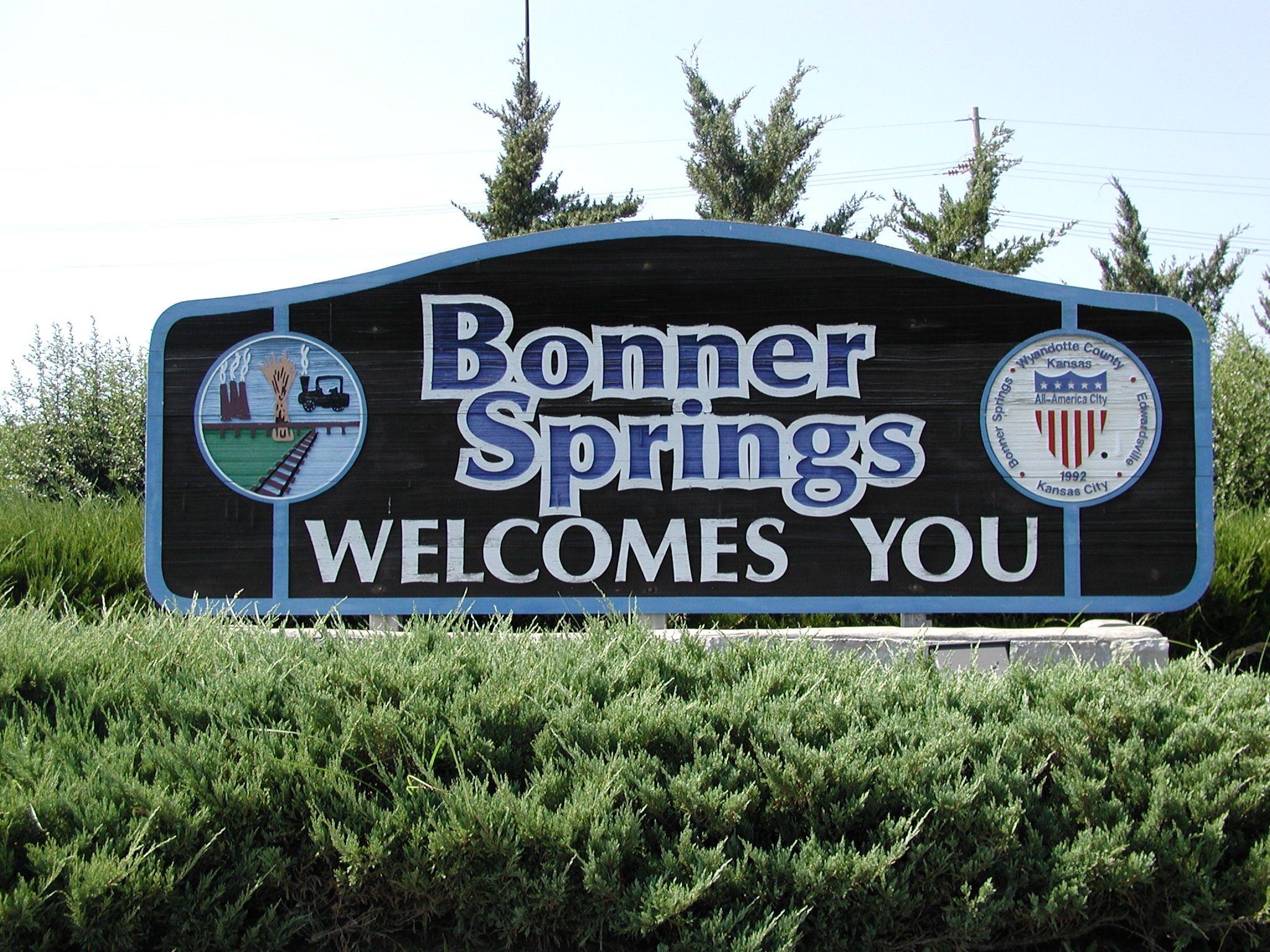 river city rentals bonner springs ks