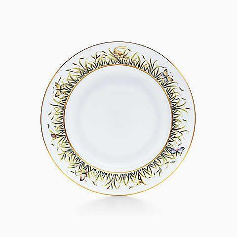 Jardin dinner plate in hand-painted Limoges porcelain.