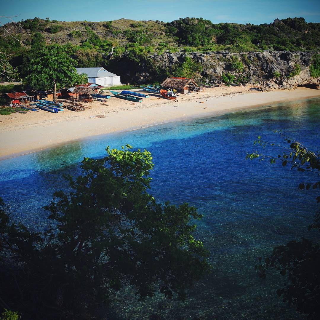 "Eddie Likumahua on Instagram: ""Pantai Jawalan, pulau Kisar ..."