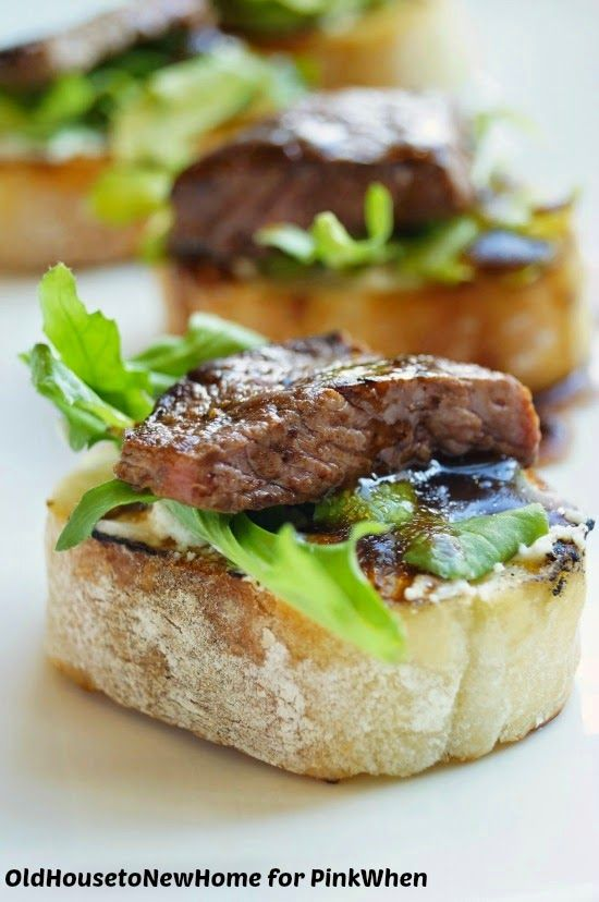 Balsamic Beef Crostini with Herbed Cheese and Arugula - PinkWhen