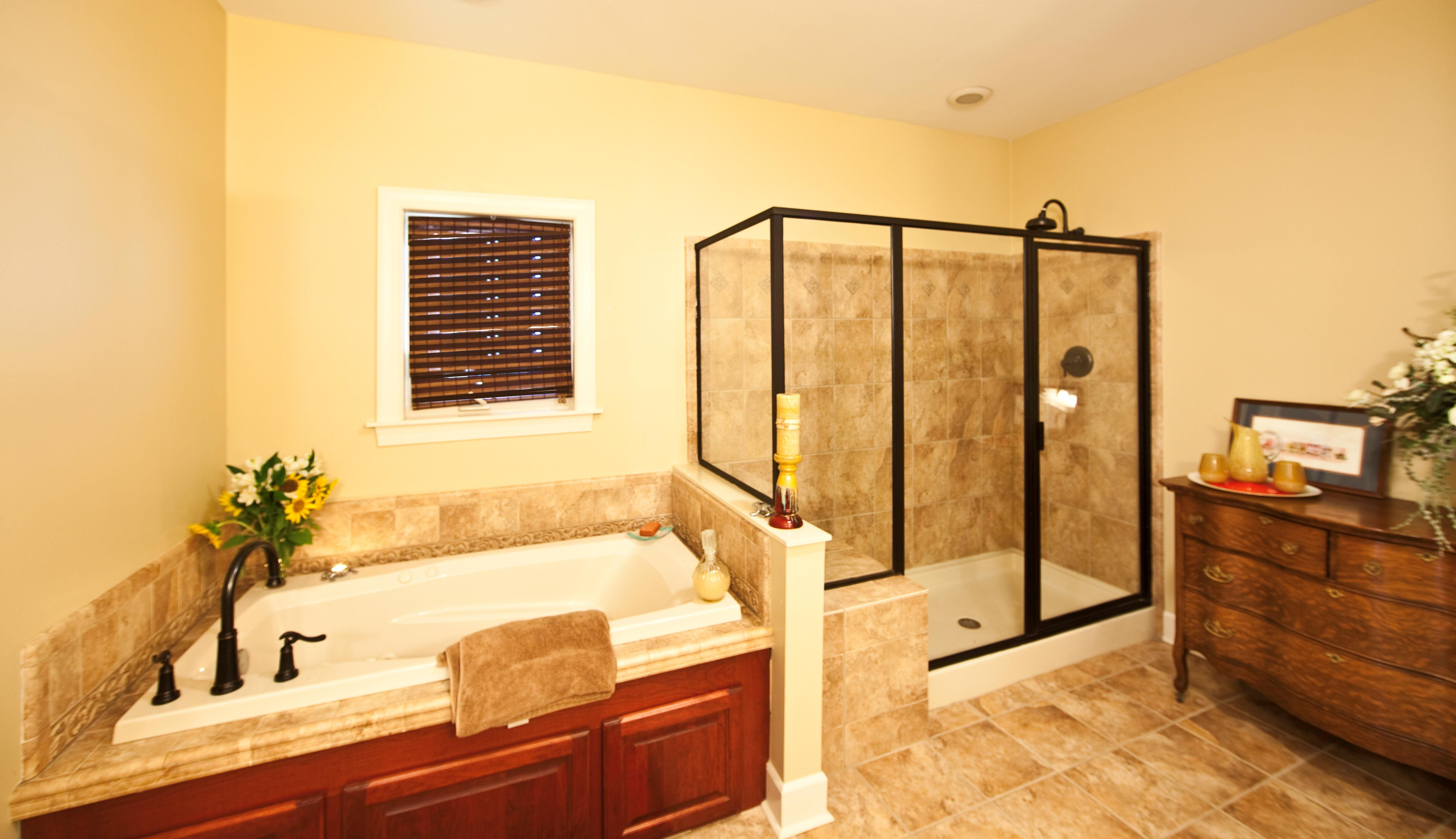Awesome Master #Bathroom. | Modular home manufacturers ...