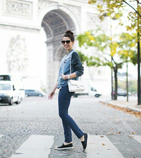 Camila in Paris - Garotas Estúpidaa
