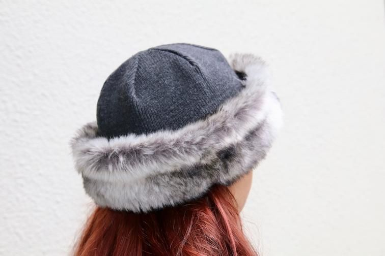 Free Pattern Friday: Beat the Winter Chill | Gorros y Inspiración