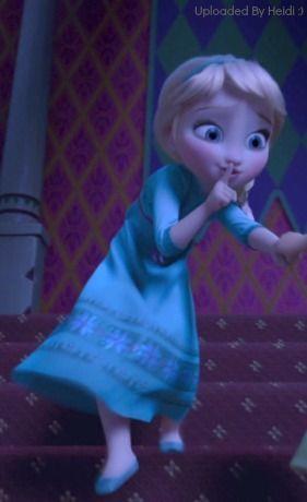 I love mini Elsa.