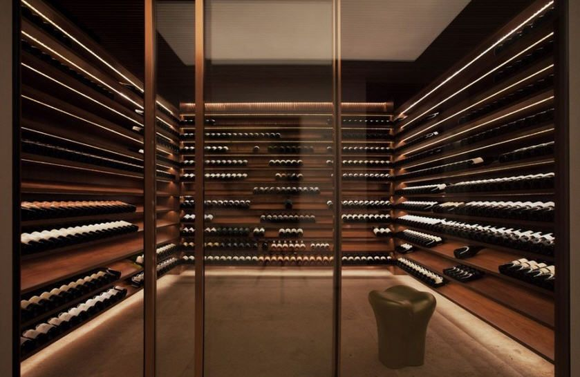 Maison de rêve au Brésil! | Wine cellars, Wine and Wine display