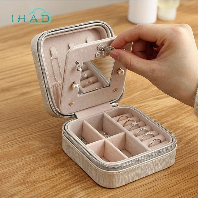 Photo of Portable jewelry box packaging PU leather jewelry box makeup event …
