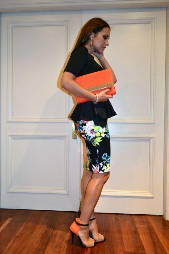 Falda (14,95€), top (24,95€) y bolso (14,95€), todo de H Sandalias de ZARA (29.90€)