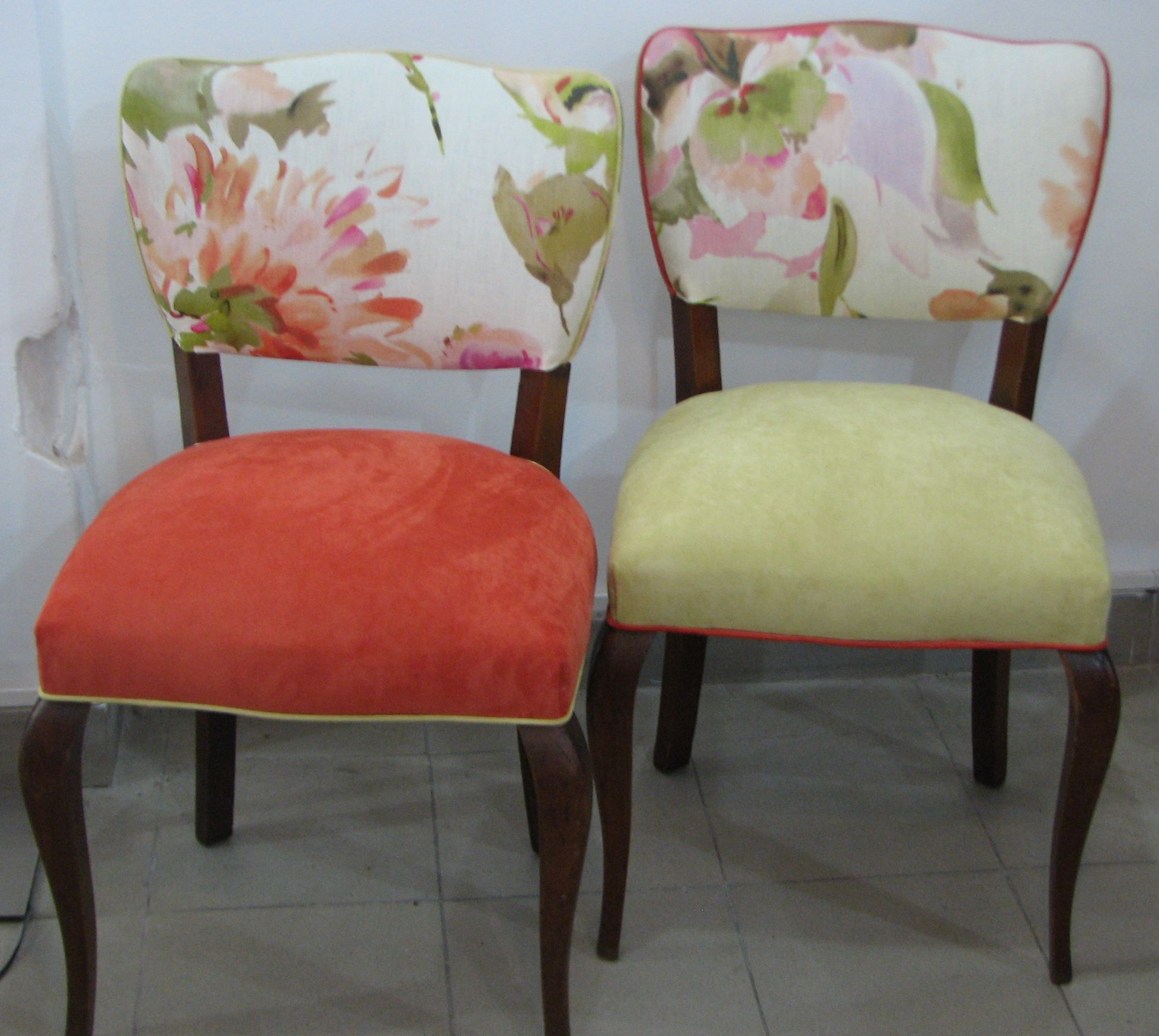 Sillas antiguas estilo reina ana restauradas y - Sillas comedor colores ...