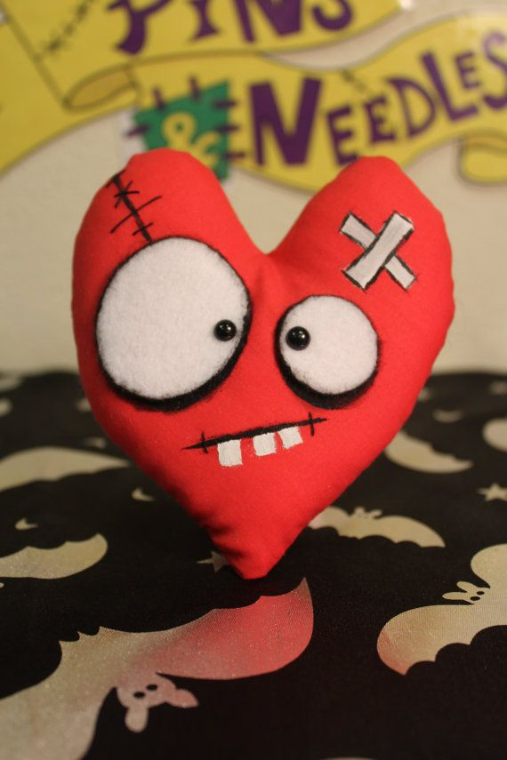 Red Heart Plushie, Creepy Cute, Horror Gift, Valentine Heart ...