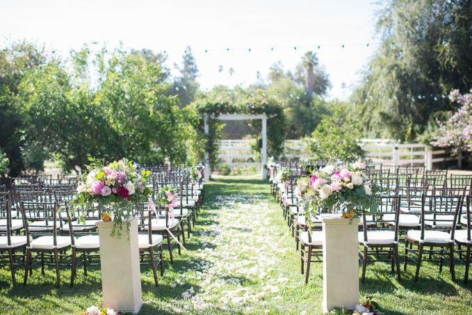 Gorgeous backyard wedding ceremony set up!  Jessica M. Wood Photography Los Angeles Wedding Photographer www.jessicamwood.com