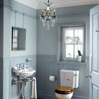 Badezimmer im Skandinavischen Stil: Badezimmer in Hellblau ...