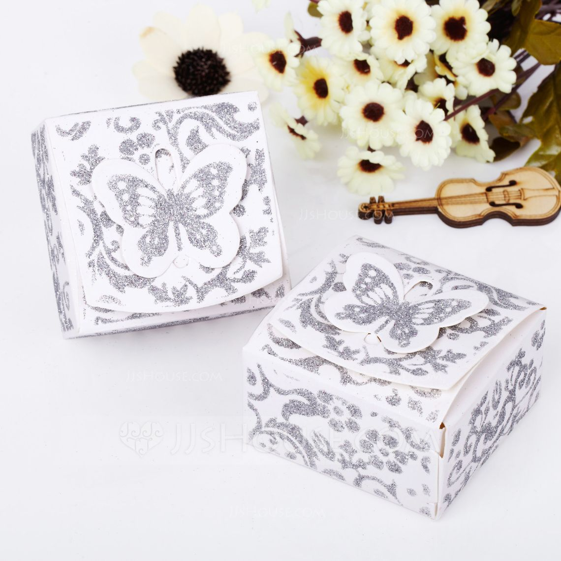 Butterfly Top Cuboid Favor Boxes (Set of 12) (050039695) - JJsHouse ...