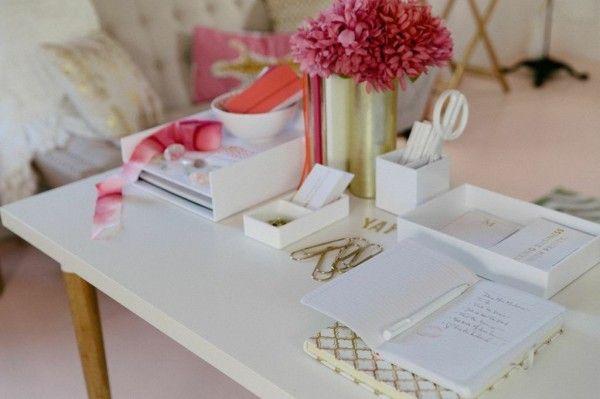 Office desk space | theglitterguide.com