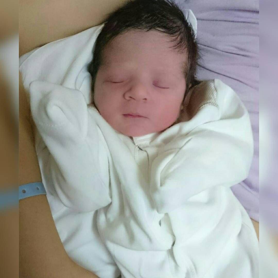 Yeni bir prens dünyaya gelmiş Vladislav fotoğraf için Alex'e teşekkür ederiz @bebetto_laleli #bebettobebe#bebetto#bebek #Бебетто#Малыш#детскаямода#Детскийстиль#baby#newborn#adorable#cute#TagsForLikes#cuddle#small#lovely#love#instagood#beautiful#children#happy #igbabies#toddler#instababy#infant#young#sweet#tiny#little