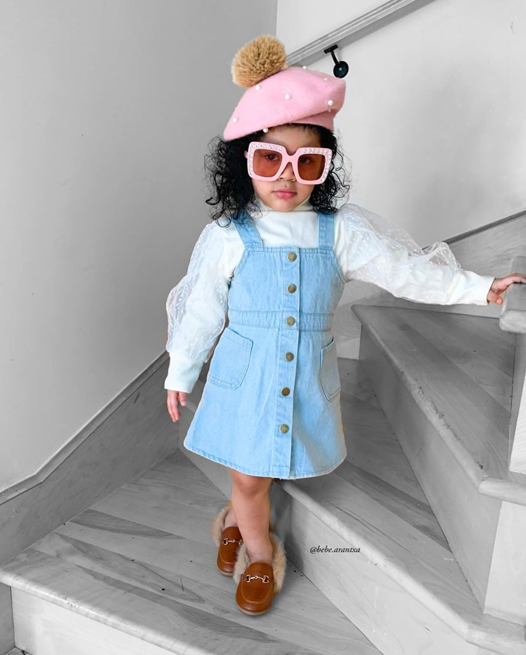 "Arantxa Sanchez on Instagram: ""Have a wonderful day!! 🌸🌸🌸 • • Outfit : @aluxurystore1 • •  #minifashionkidz #trendykids #trendy #ig_fashionkiddies #top_minifashionistas…"""