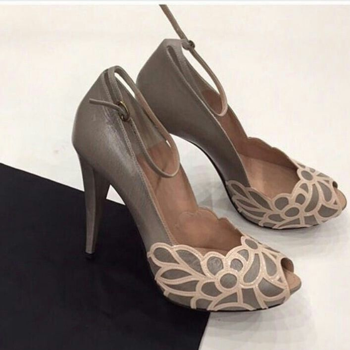 Prada Yesenia Patent Leather Pumps cheap sale 2014 unisex sale outlet purchase cheap online recommend cheap price outlet with credit card r1759