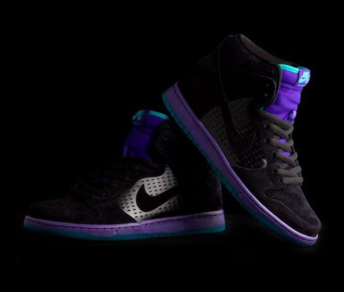 3585f66e76e7 Nike Dunk High SB