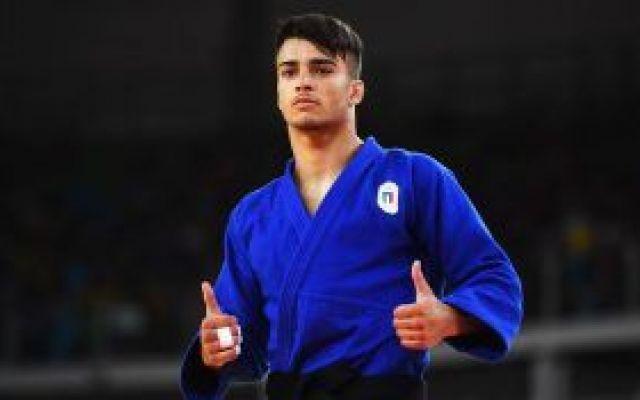 olimpiadi: il judoka fabio basile è medaglia d'oro è d'oro. fabio basile, 21 anni ha vinto la sua prima medaglia d'oro alle olimpiadi di rio 2016. un grande risultato per il ragazzo. in molti pensavano che fabio basile sarebbe stato pronto solo per l #fabiobasile #olimpiadi #judo