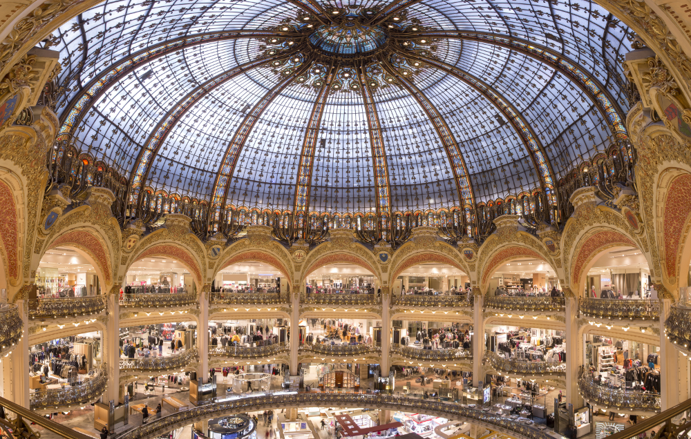 Galeries Lafayette In 2020 Lafayette Paris Paris Shopping Paris Tourist