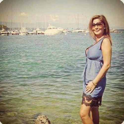 صورة إطلالة ساحرة لـ إليسا بملابس البحر على شواطئ Hot Dress Dresses Slip Dress