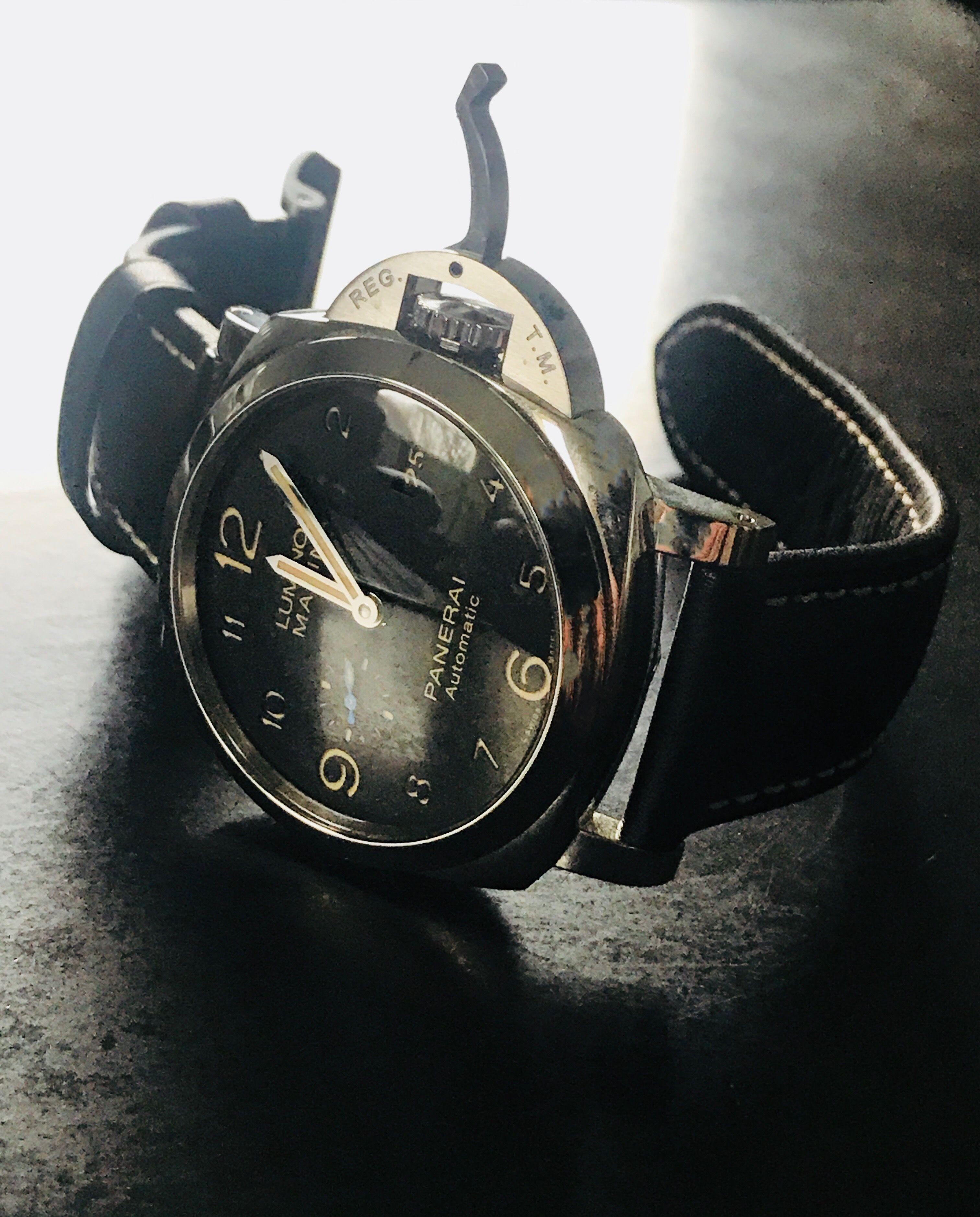 71fbd0f6dc9 Encontre este Pin e muitos outros na pasta Relojes de lujo de dskizaki.