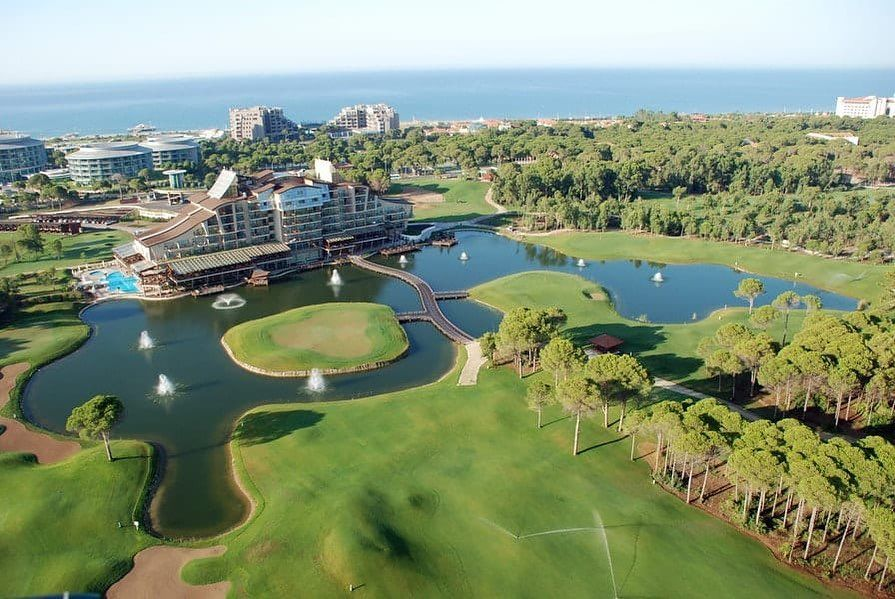 Golf School In The Sun Want To Break Up The Dark And Gloomy Winter And Spend A Week In The Sunshine Play Golf Trip Golf Resort Mobile Application Development