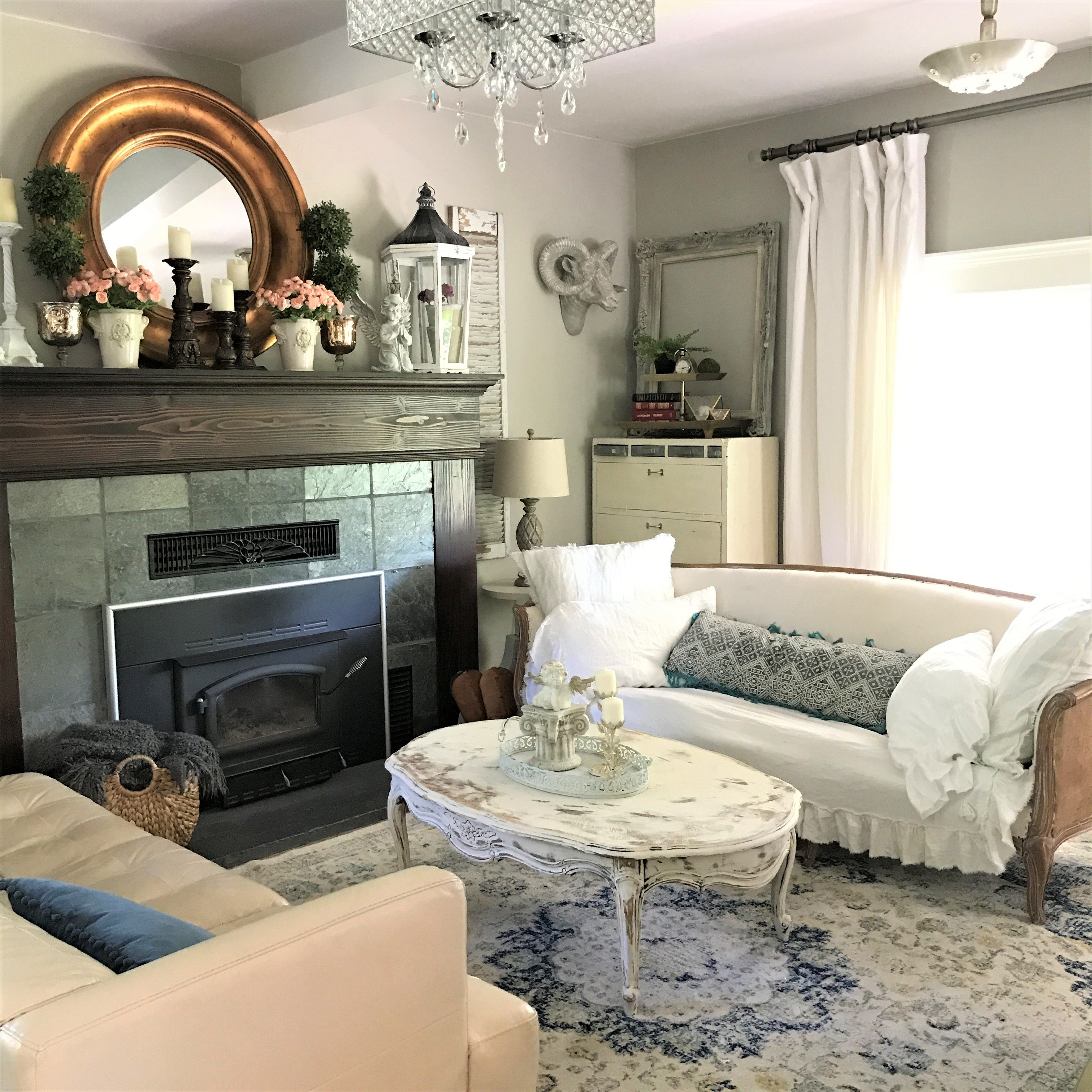 How to Create a Colorful Shabby Chic Living Room