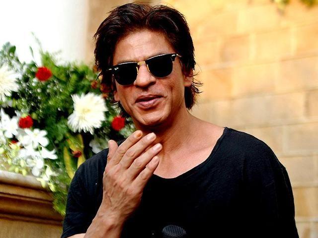 Shah Rukh Khan makes a U-turn