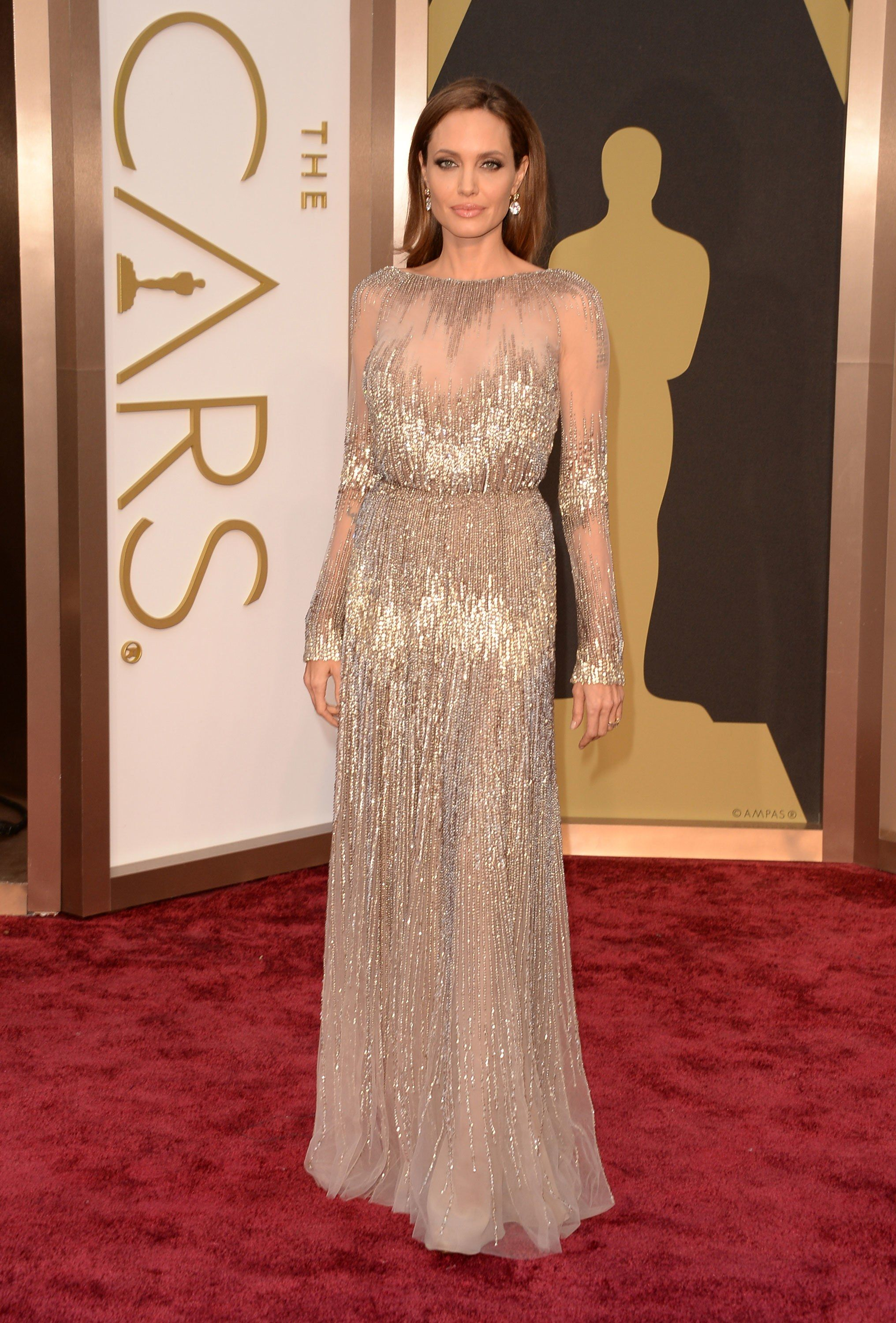 Revisiting Angelina Jolie s Best Oscars Fashion—Including That ... f986720a7a6