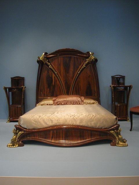 art nouveau love art nouveau pinterest chevet art nouveau et lits. Black Bedroom Furniture Sets. Home Design Ideas