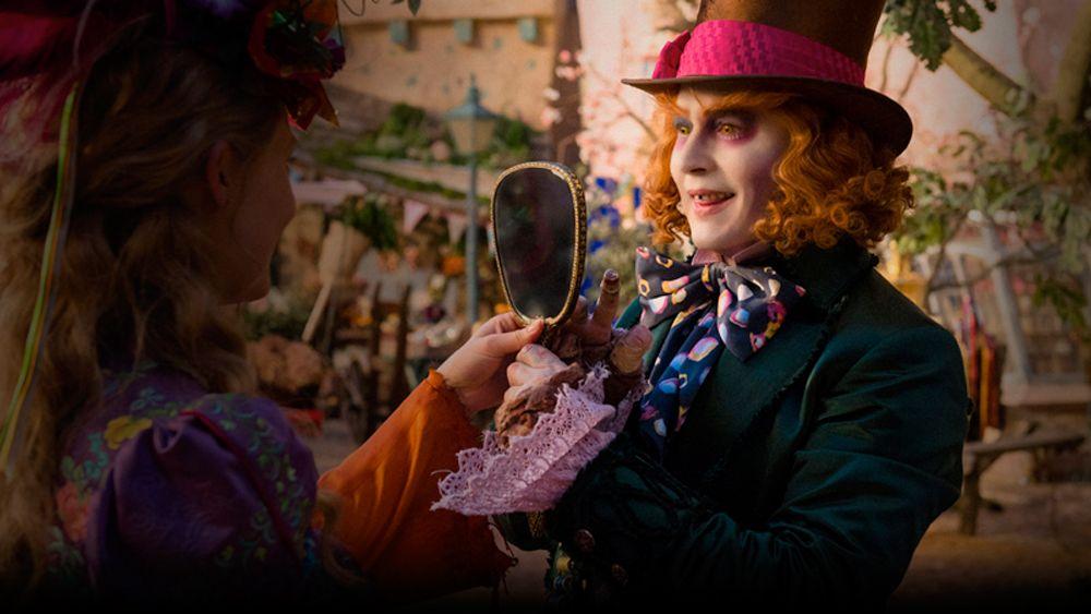 Pin De Andreia Em Filmes Series Que Gosto Atraves Do Espelho