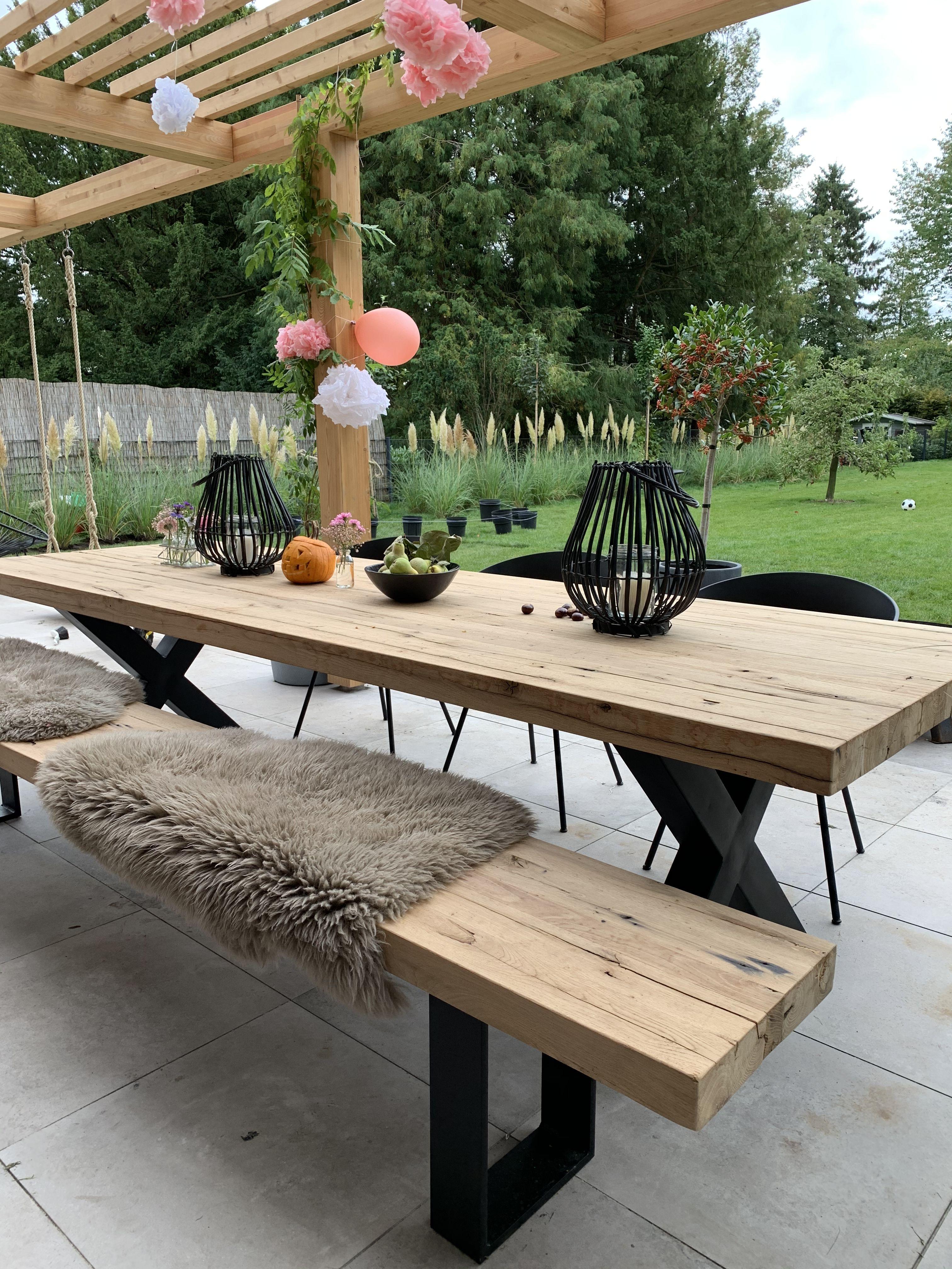 Esstisch Mit Bank Gartentisch Tisch Garten Holztisch Www Holzwerk Hamburg De In 2021 Holztisch Garten Baumstamm Garten Gartentisch