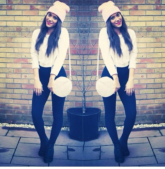 New post on the Blog. The Worlds Original Face Pink Beanie. Topshop Sweater, Leggings and Boots. H&M Holographic Bag. MAC Lips. Mango Blazer.   Blog: www.eeveebee.com Instagram: emilybennett_89